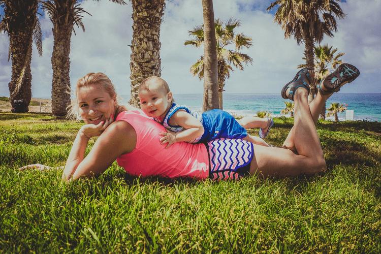 På ferie med baby? Her får du vite hva du ikke bør gi til babyen i utlandet