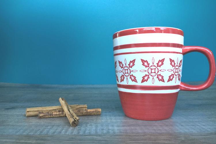 Hjemmelaget kakao med et hint av jul - passer fra 1 år