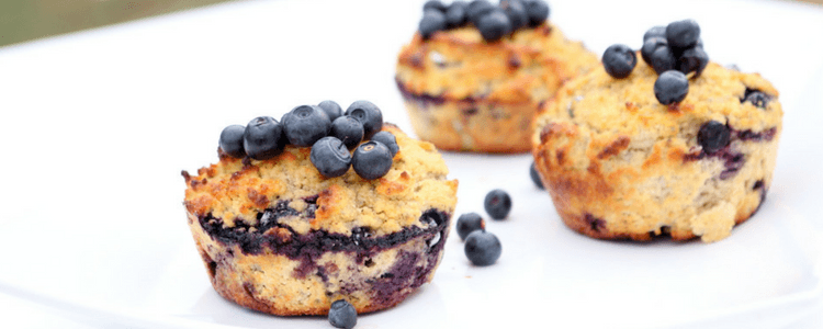 Blåbærmuffins med vanilje og havre som kan gis fra 6 måneder