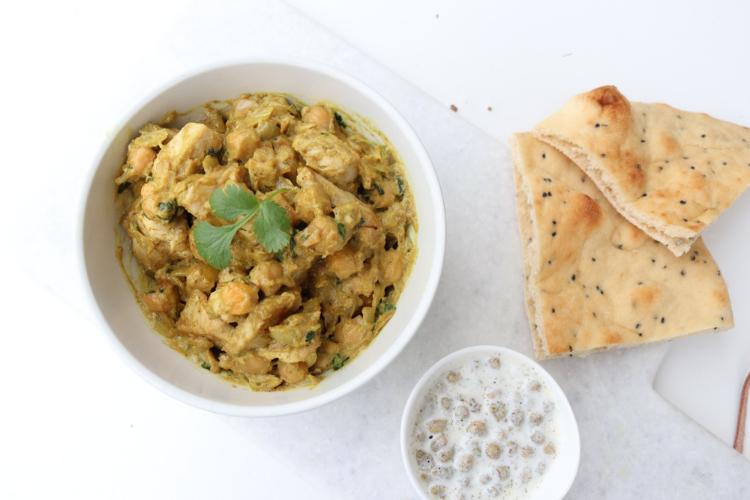 Indisk kylling med nan og raita - kan gis fra 6 måneder
